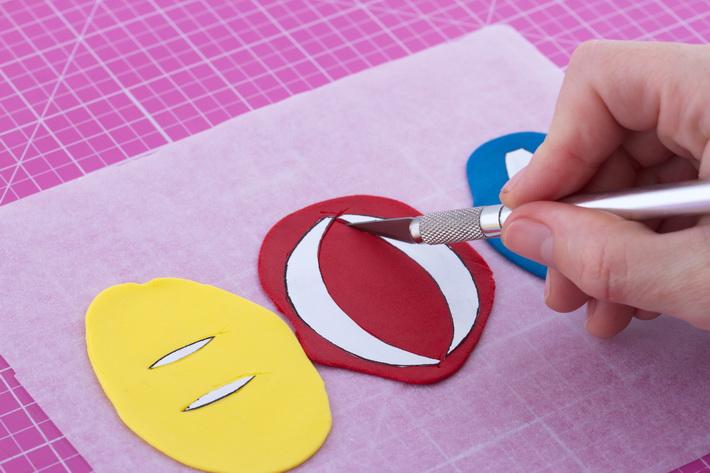 Cutting ball stripes