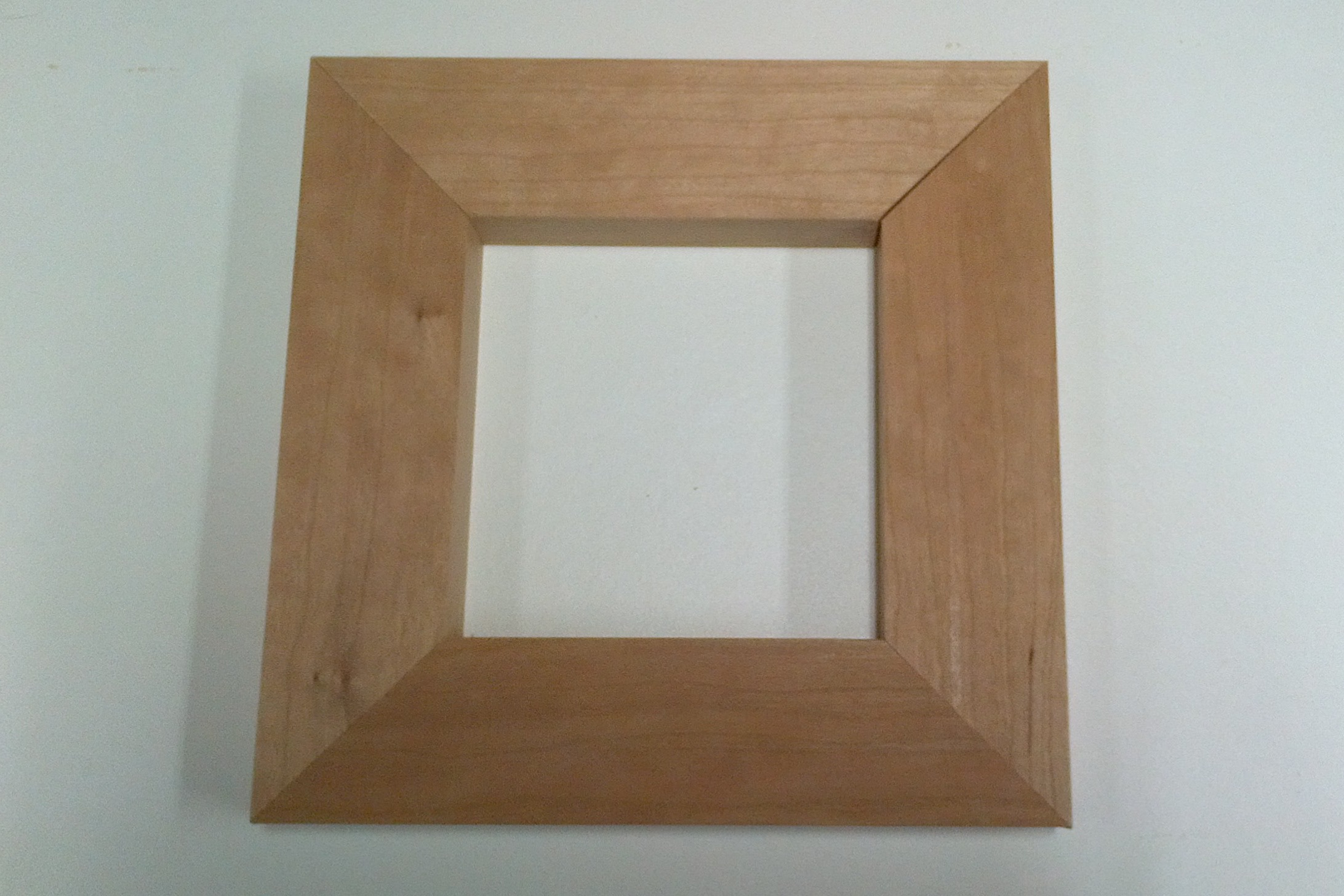 four-sided picture frame with miter joints