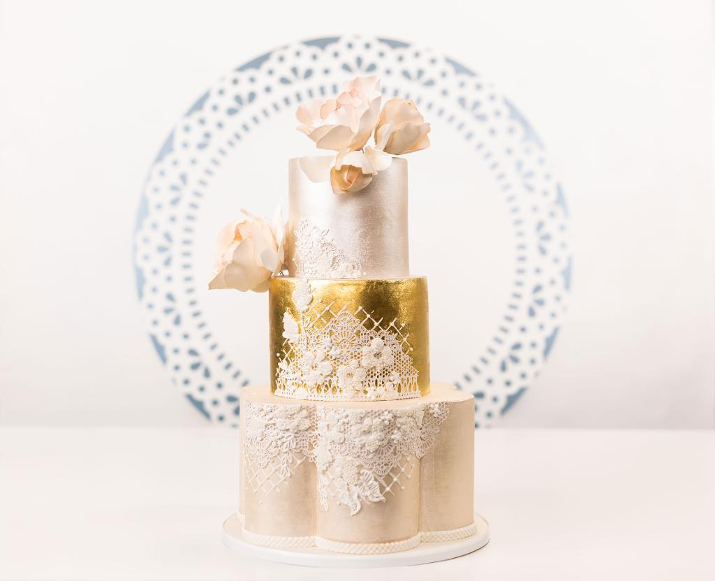 Dreamy Edible Lace Cake