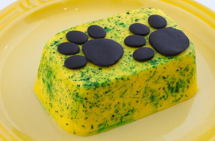 Paw mini cake
