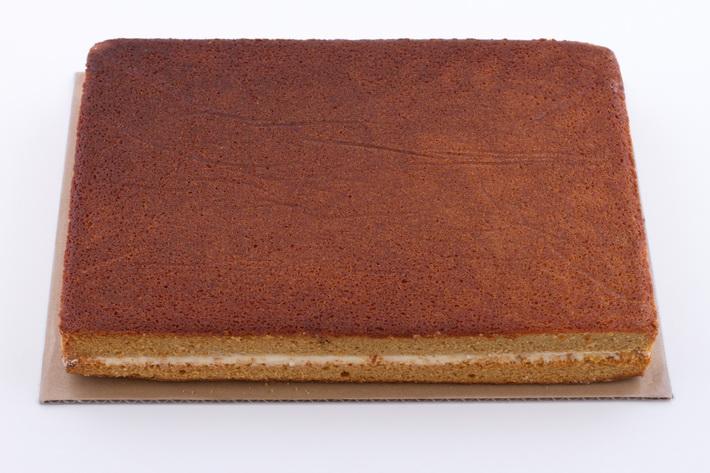Filled sheet cake