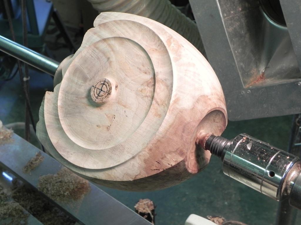 turning the bottom of the workpiece on the lathe