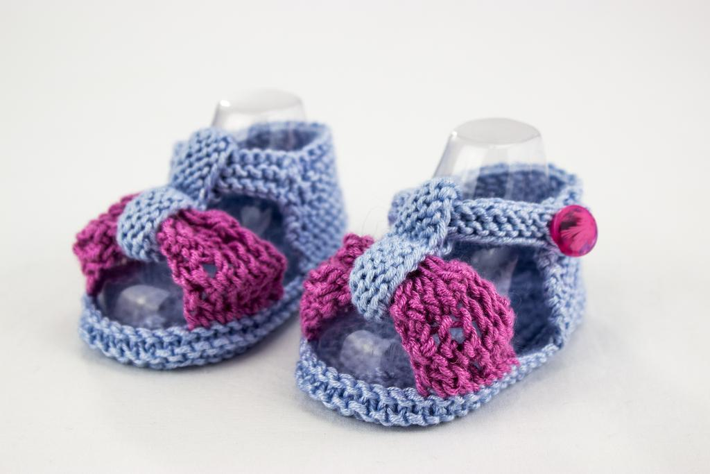 Lace Bow Sandals knitting pattern