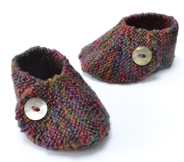 Wrap Over Baby Shoe Knitting Pattern