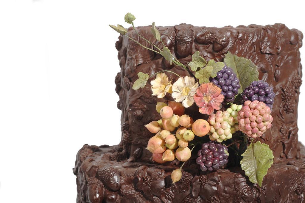 Cake by Maggie Austin | Erin Gardner | Bluprint