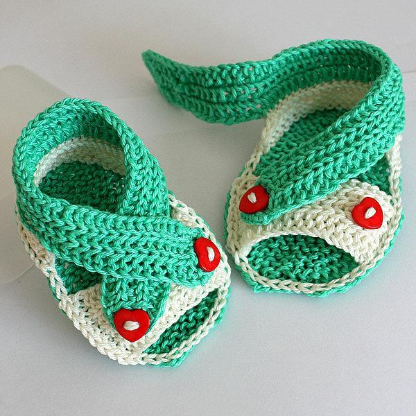 Baby Cross Straps Sandals Knitting Pattern