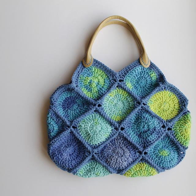 Big Dots Crochet Bag free pattern