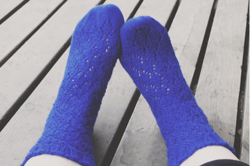 Sapphire Lace Socks knitting pattern