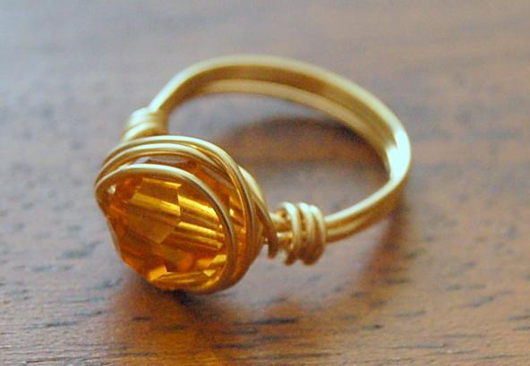 Wire-wrapped ring tutorial by Craftsy user LoveLarisa