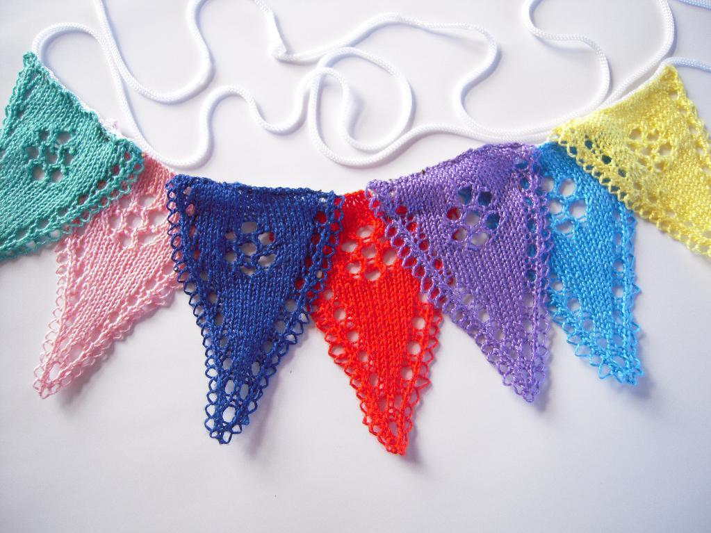 Bunting knitting pattern