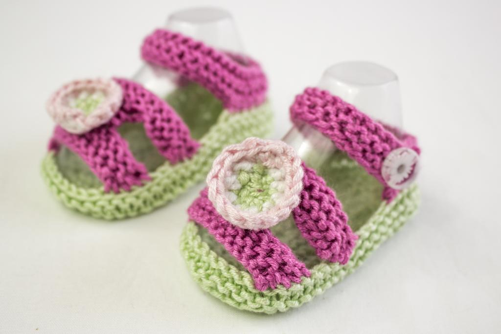 Baby Girl Summer Sandals knitting pattern