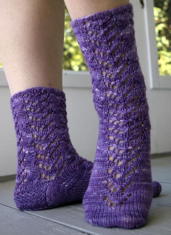 Releve Socks knitting pattern