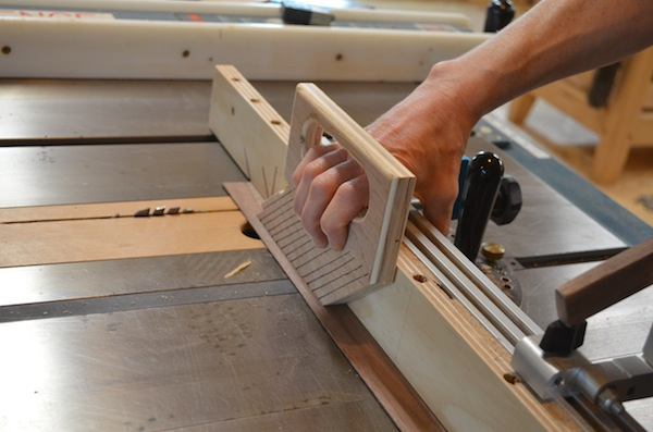 feather board at table saw