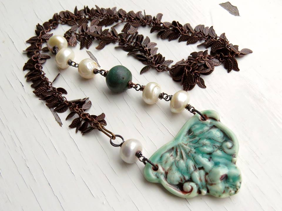 Necklace with wire-wrapped bead chain