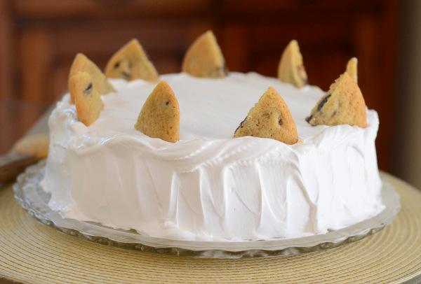 Serve the cake.