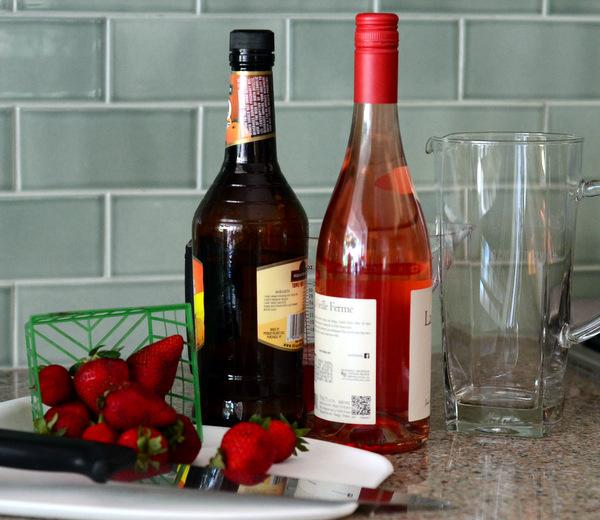 Strawberry Sangria Recipe Ingredients