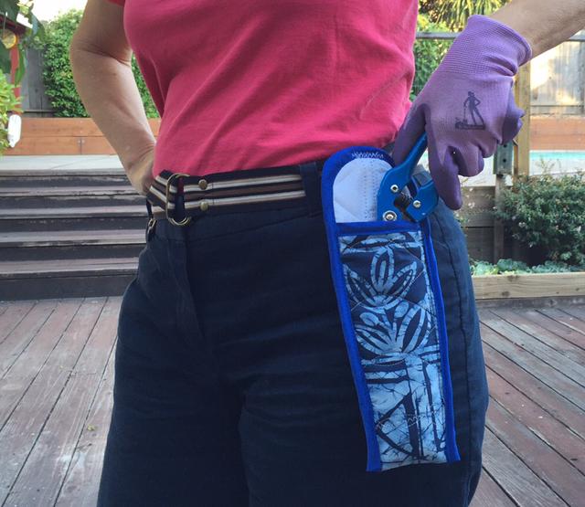 Finished clipper holder on belt