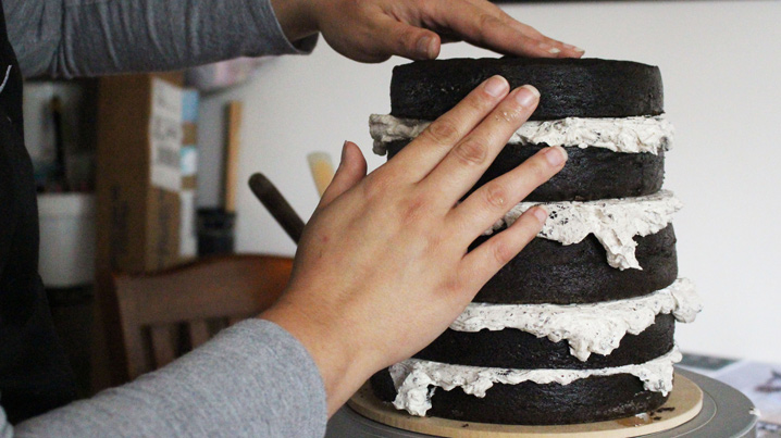 GRUMPY---Layering-Cake