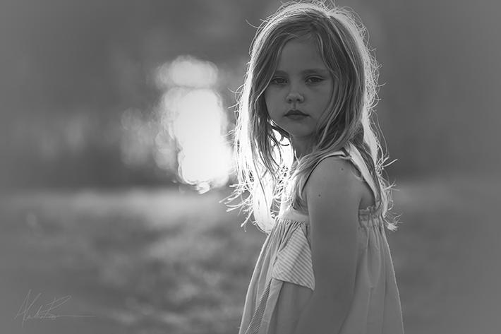 girl looking over shoulder