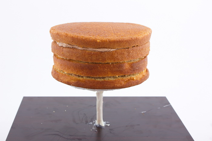 Cake on structure