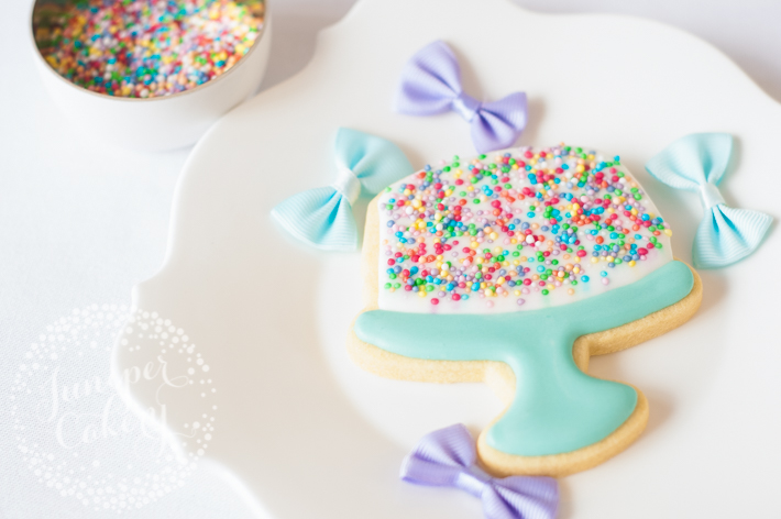 Sprinkle birthday cake cookie tutorial