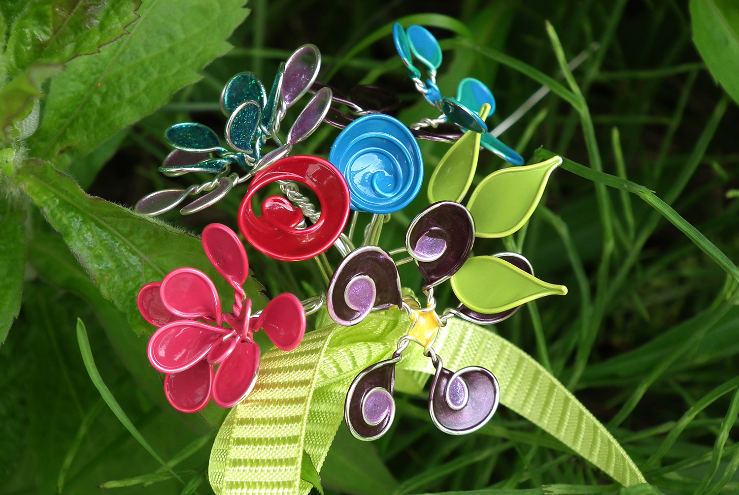 Wire Nail Polish Flowers by Gayle Bird for Bluprint