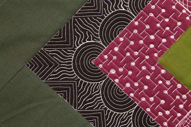 edge to center free motion quilting design