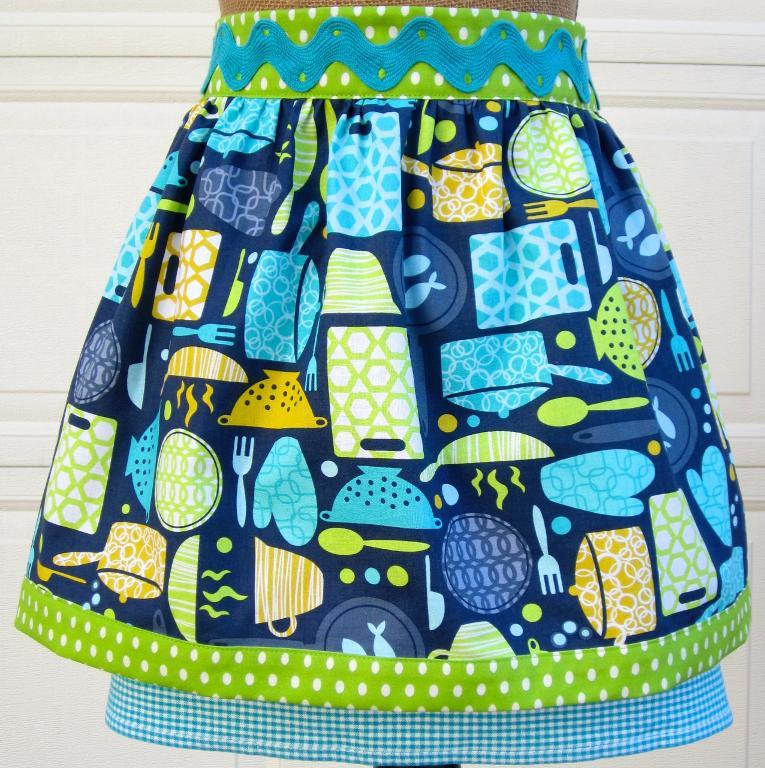 Anna's Terry Cloth Kitchen Towel Apron