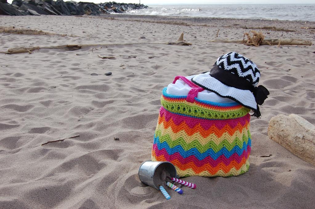 'Chasing Chevrons' Yarn & Beach Bag Crochet Pattern