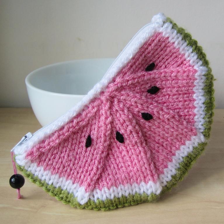 Watermelon Purse FREE Knitting Pattern