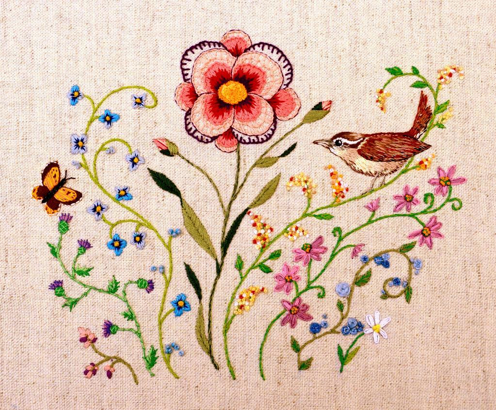 Stunning floral embroidery by craftsy member Beadseller