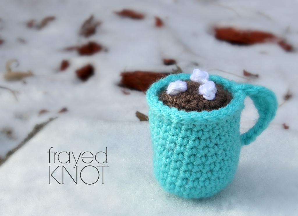 Hot Cocoa Mug Ornament FREE Crochet Pattern