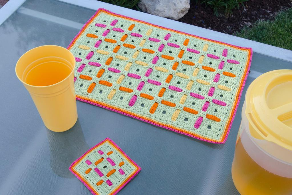 Filet Woven Placemat Set Crochet Pattern