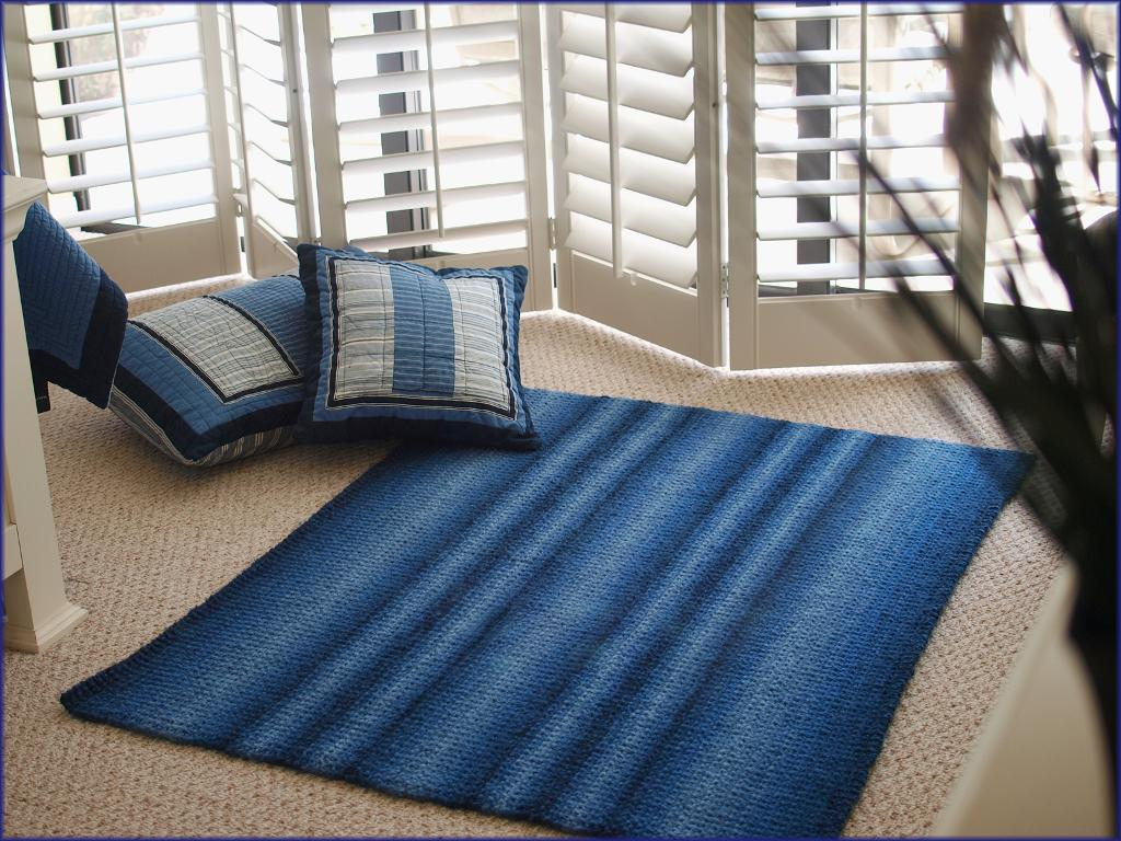 Ocean Currents Rug Knitting Pattern