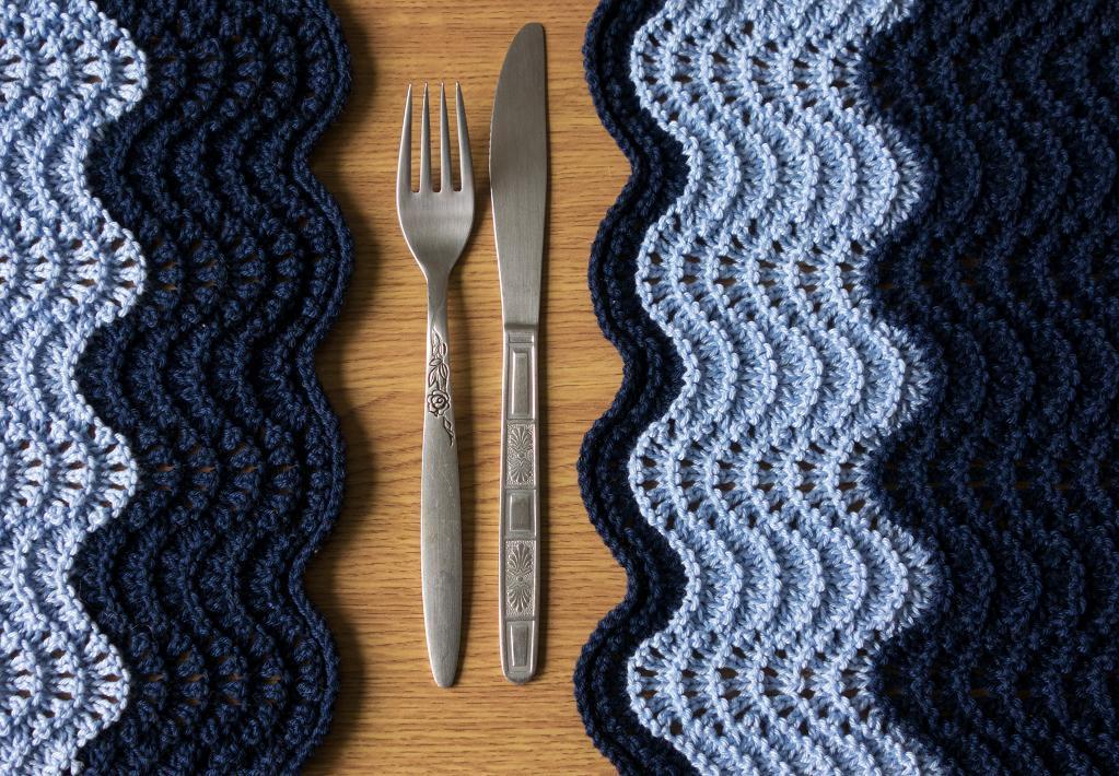 Ocean Placemat Knitting Pattern
