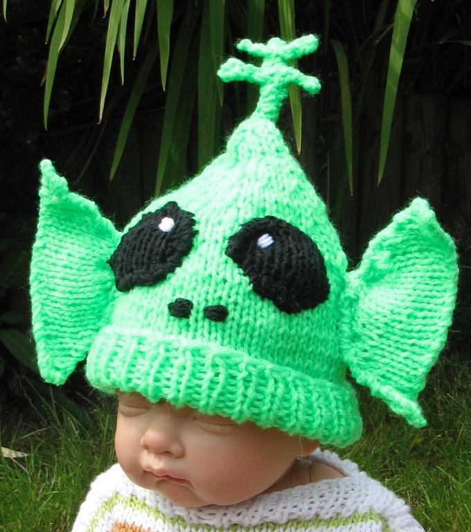 Baby Big Ears Alien Beanie Hat Knitting Pattern