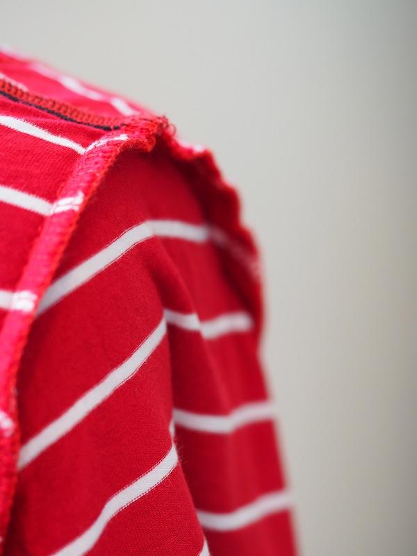 knits serged seams