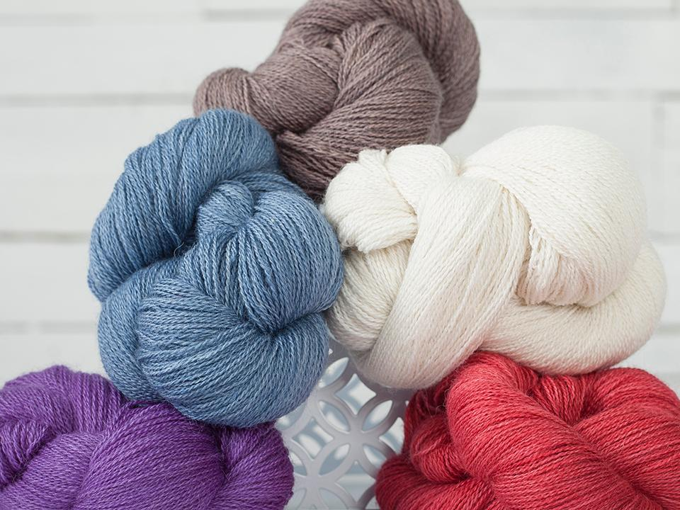 Manos Lace Yarn