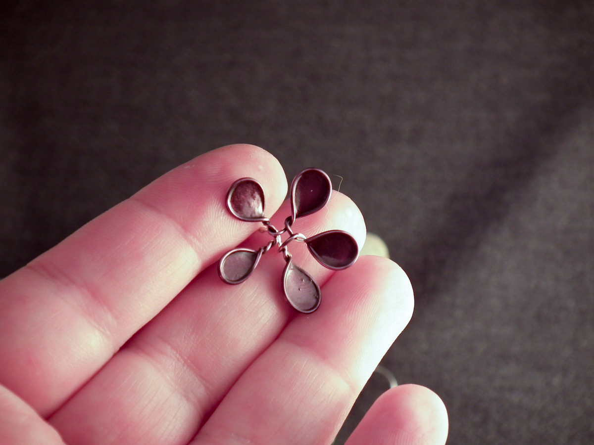 wire nail polish flower