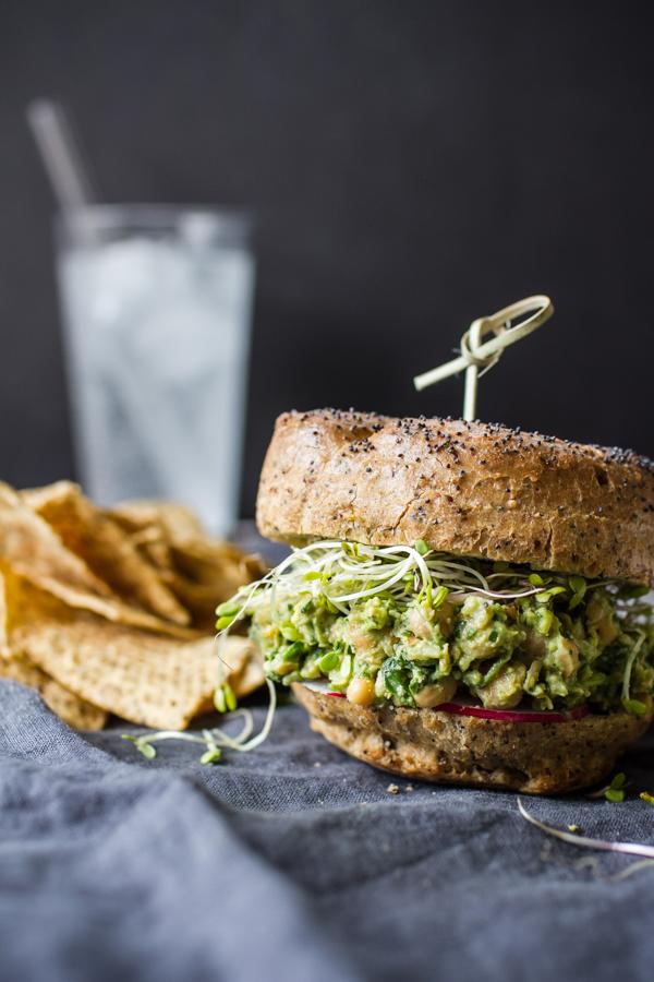 Avocado Pesto Chickpea Salad Sandwich - perfect picnic food