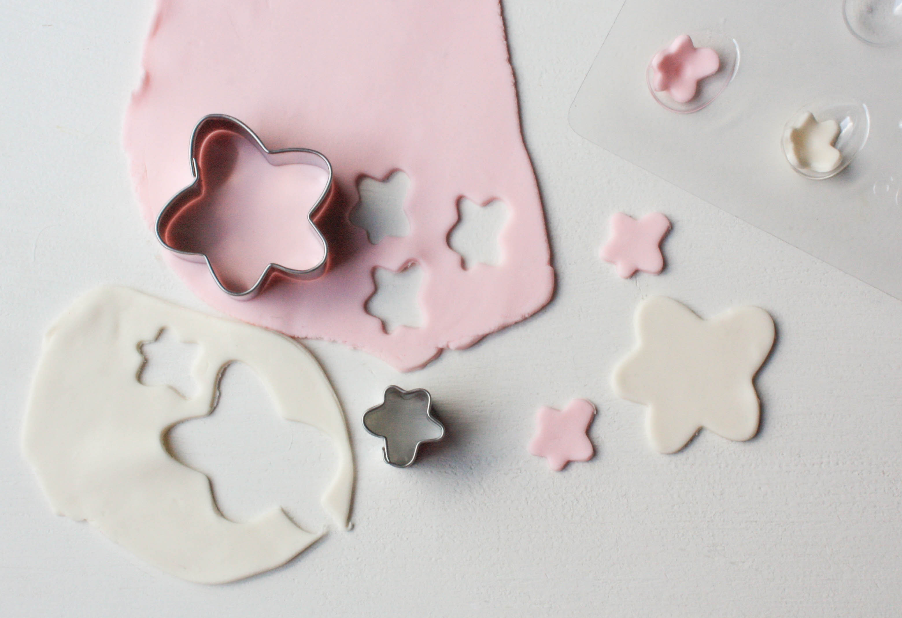 Basic Blossom Cupcake Toppers | Erin Bakes