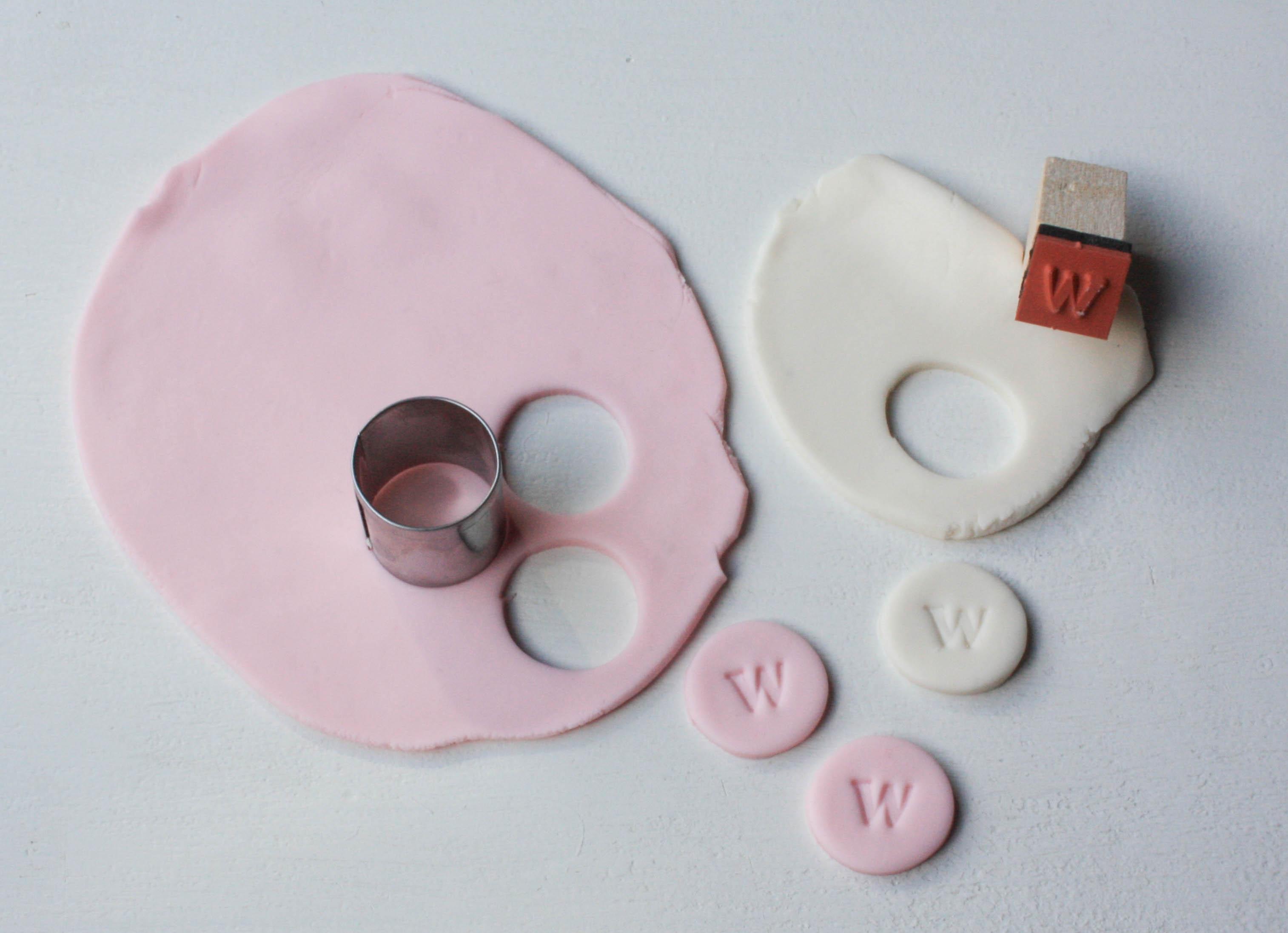 Making Stamped Monogram Cupcake Toppers   Erin Gardner