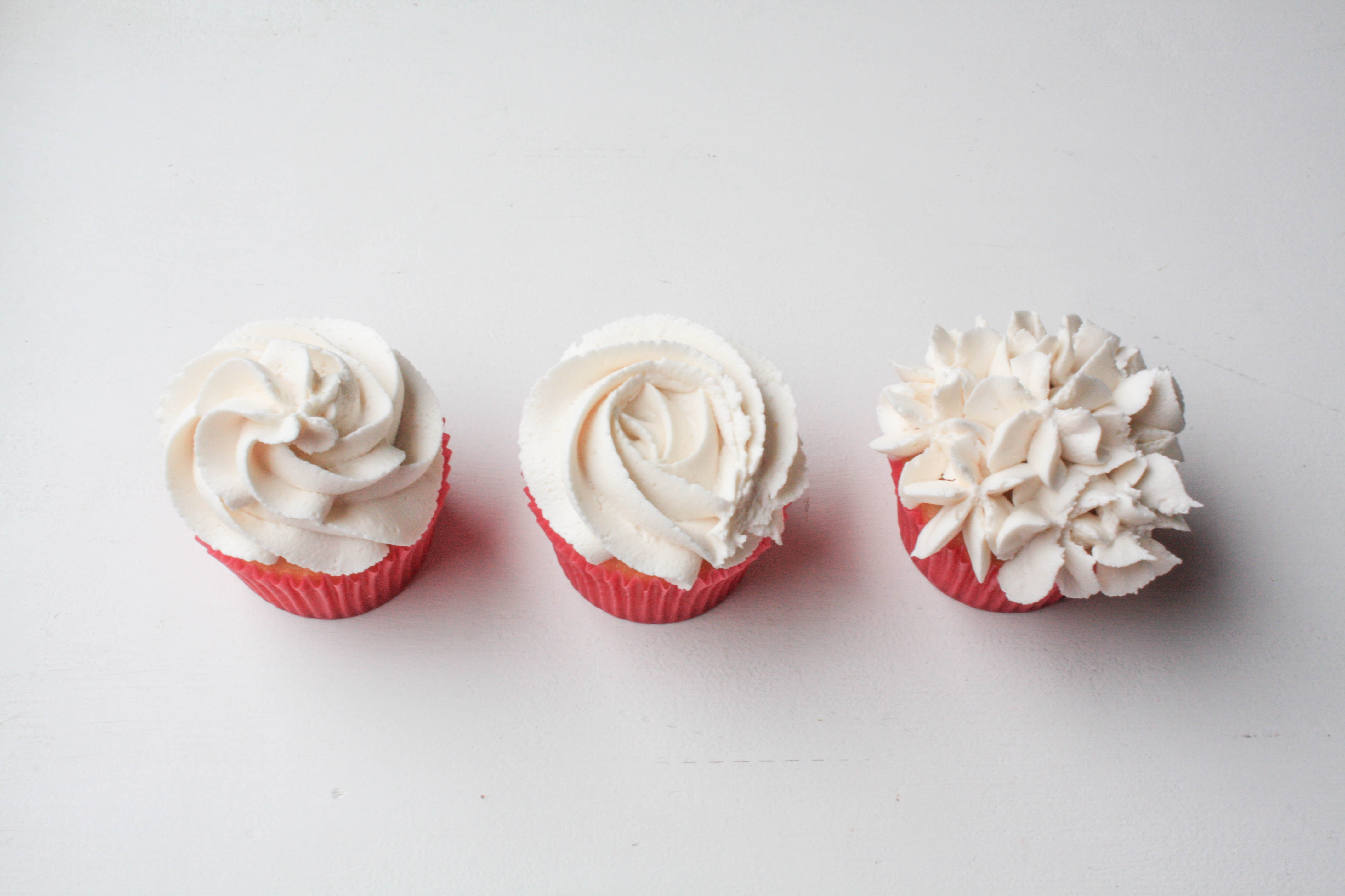 Piping With A Star Tip | Erin Bakes