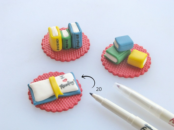 Book Cupcakes tutorial step 5