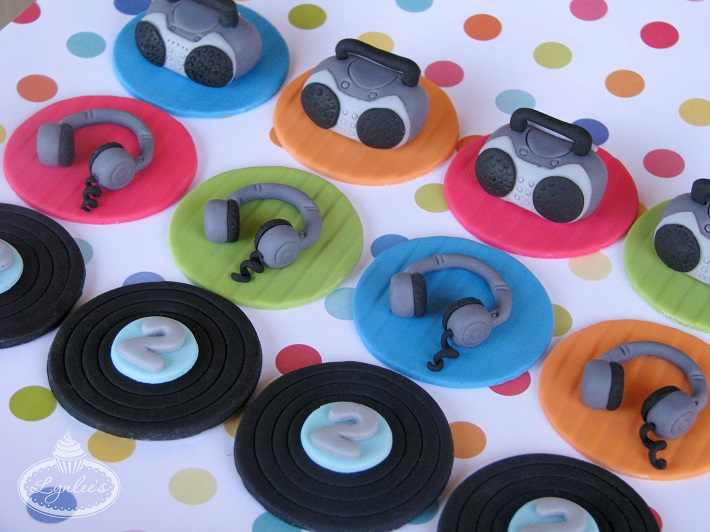 Music beats fondant cupcake topper collection