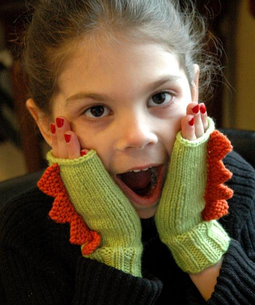Dinosaur Mittens Knitting Pattern