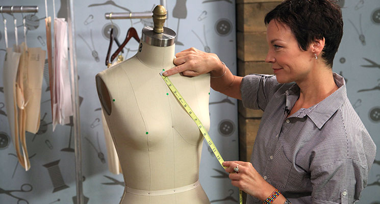 Sew fitting with a tape measure