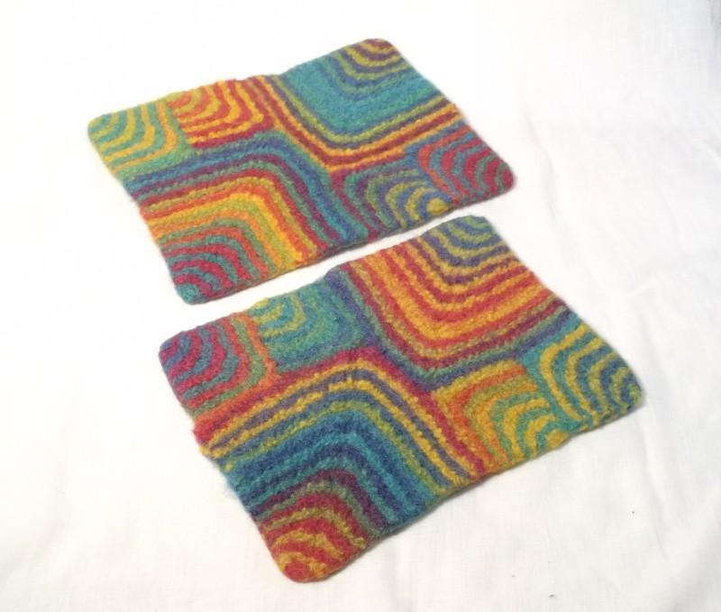 Rainbow Squares Felt Mat Knitting Pattern