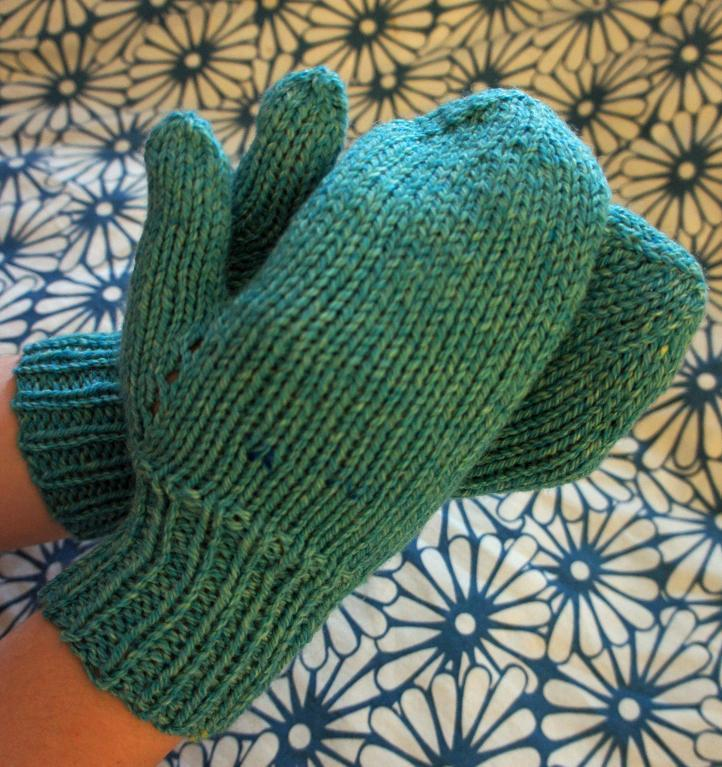 World's Easiest Mittens Knitting Pattern