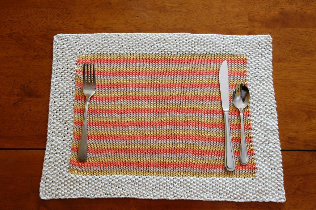 At-Home Dining: Placemat Knitting Pattern